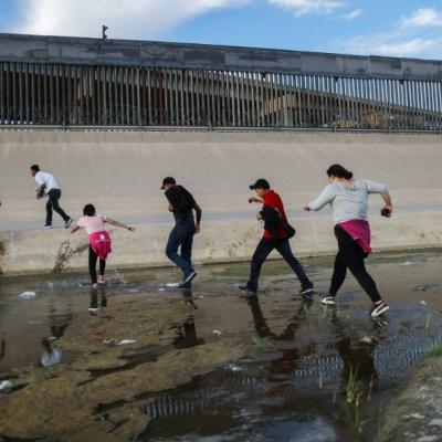Encuentran muertos a una mujer, un niño y dos bebés cerca del río Bravo