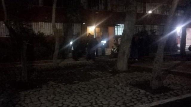 Foto: De acuerdo con algunos testimonios de vecinos, a las personas fallecidas se les vio por última vez la mañana del viernes, el 29 de junio de 2019 (Twitter @memosegura11)