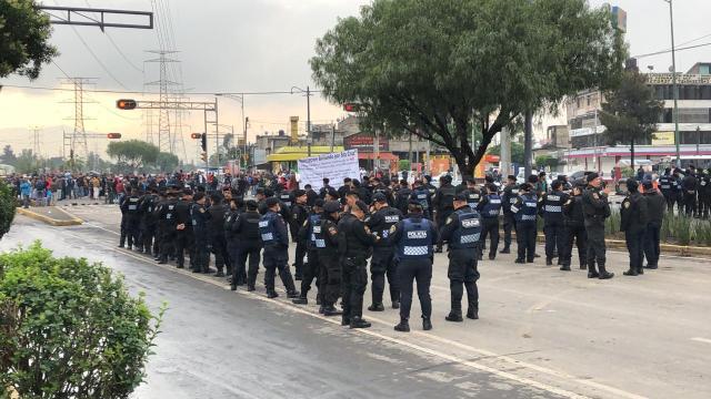 FOTO En Iztapalapa, impiden a comerciantes poner el tianguis de Santa Cruz Meyehualco (Noticieros Televisa 7 junio 2019 cdmx)