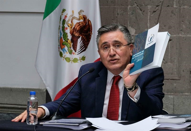 Presidente se negó a recibir informe anual de CNDH, acusan