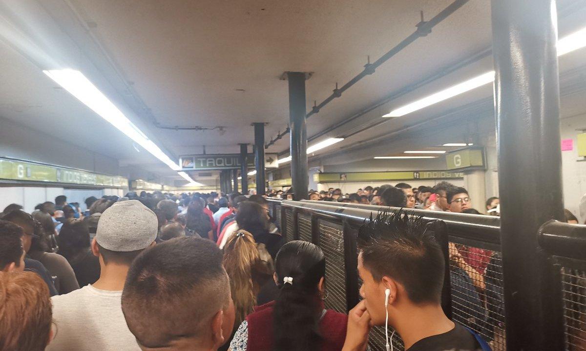 FotoManifestación de taxistas genera largas filas en Metro y Metrobús 3 junio 2019