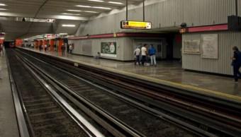 foto Muere hombre en estación del Metro Tacubaya 12 mayo 2019