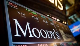 En la pantalla se muestra el logotipo de la calificadora Moody's, 6 junio 2019
