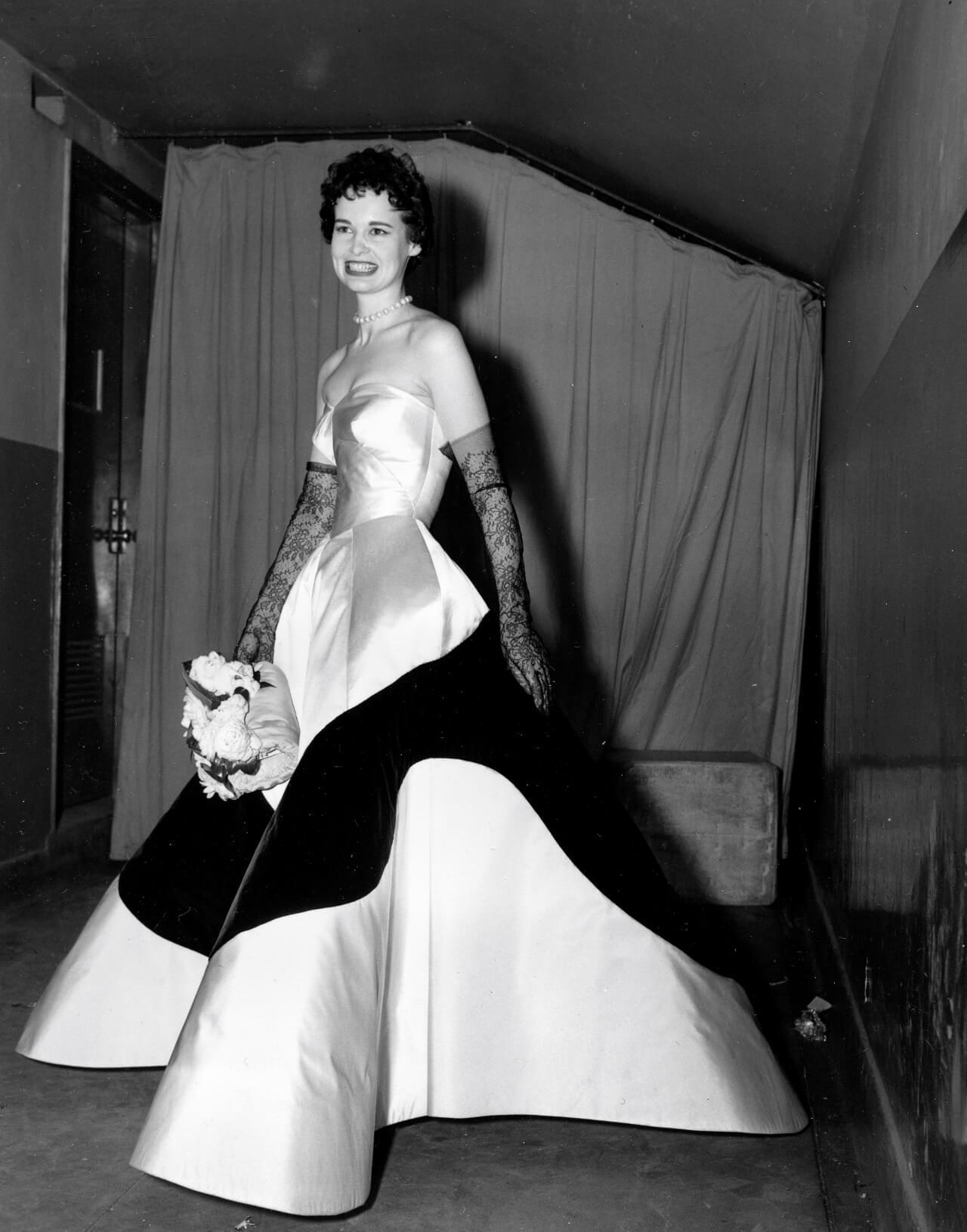 Muere Gloria Vanderbilt, ícono de la moda, a los 95 años (AP, 1953)