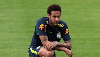 """FOTO Neymar es acusado de violación, él divulga mensajes de la mujer para probar que """"fue una trampa"""" (AP mayo 2019)"""