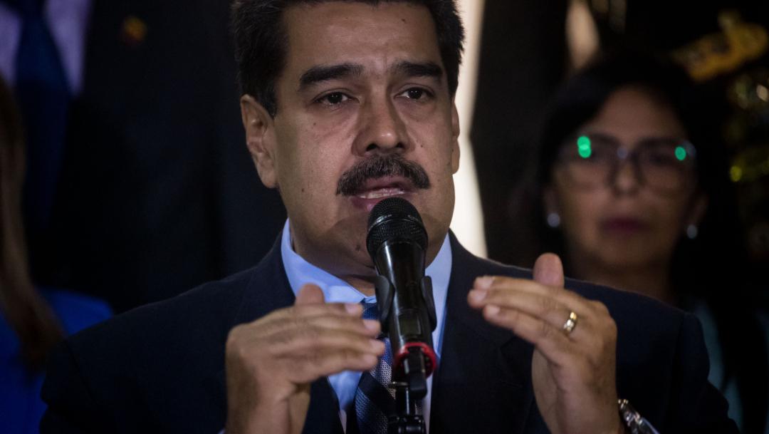 Foto: El presidente venezolano, Nicolás Maduro (c), habla tras su reunión con la alta comisionada de Naciones Unidas, 28 junio 2019
