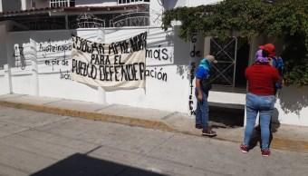 Foto: normalistas de Ayotzinapa vandalizan oficinas, 27 de junio 2019. (Janosik García)