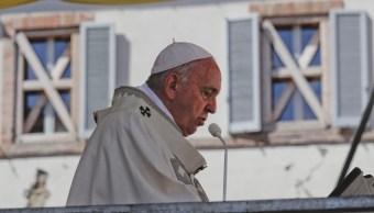 El papa Francisco celebra misa en Camerino, Italia, 16 junio 2019