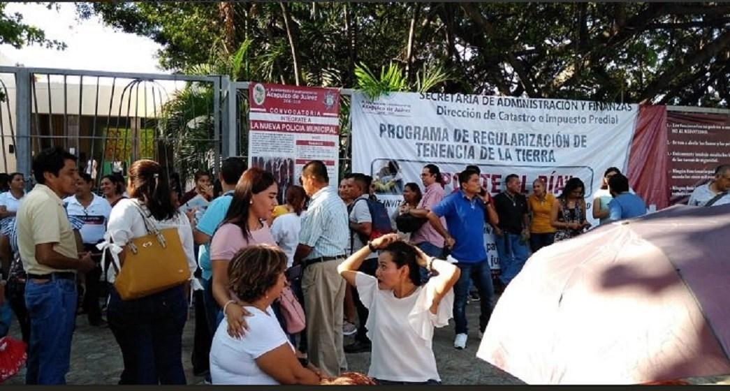 Foto: paro laboral de trabajadores municipales de Acapulco, 17 de junio 2019. Twitter @digitalgro