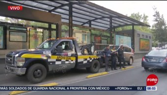FOTO: Policías de SSC-CDMX retiran camioneta abandonada en la colonia Roma Sur, 22 Junio 2019