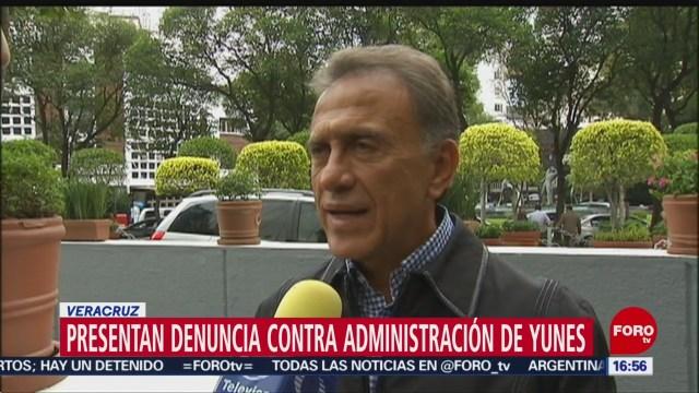 FOTO: Presentan denuncias contra la administración del exgobernador Miguel Ángel Yunes