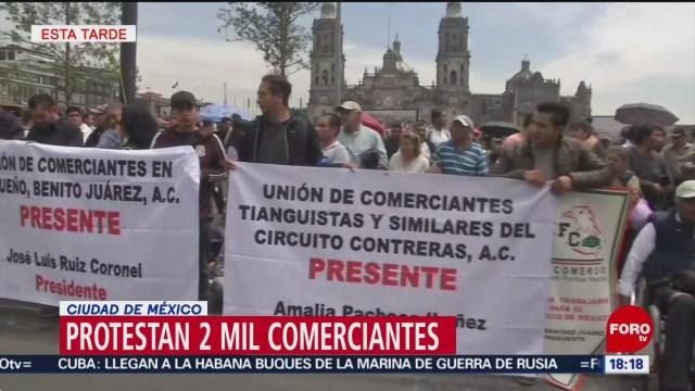 Foto: Protestan comerciantes en apoyo a tianguistas