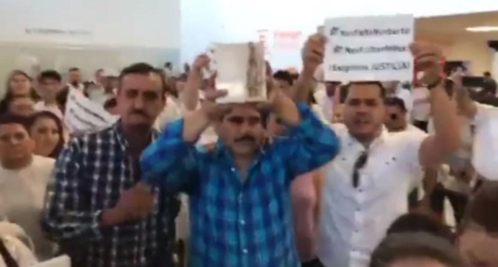 FOTO Restos de Norberto Ronquillo llegan a Chihuahua (Noticieros Televisa12 junio 2019 chihuahua)