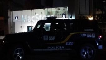La tienda de telefonía y cómputo se encuentra ubicada sobre la avenida Altavista, en la alcaldía de Álvaro Obregón., 21 junio 2019