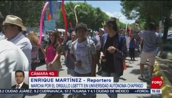 Sale de la Universidad de Chapingo marcha del Orgullo LGBTTTI