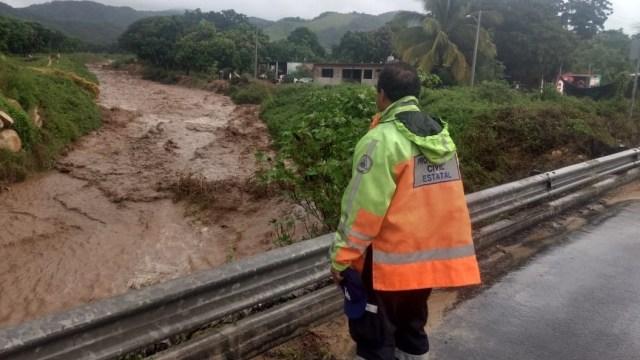 Foto: se prevén lluvias en Colima por onda tropical número 1, 5 de mayo 2019. Twitter @PC_Colima