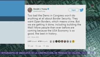 Trump critica a los demócratas y se refiere al muro