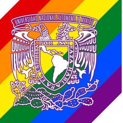 UNAM celebra diversidad sexual con colores de bandera LGBTI+