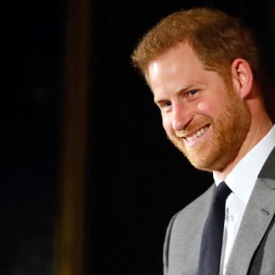 """FOTO: El príncipe Enrique expresa """"gran tristeza"""" por alejarse de la familia real, el 19 de enero de 2020"""