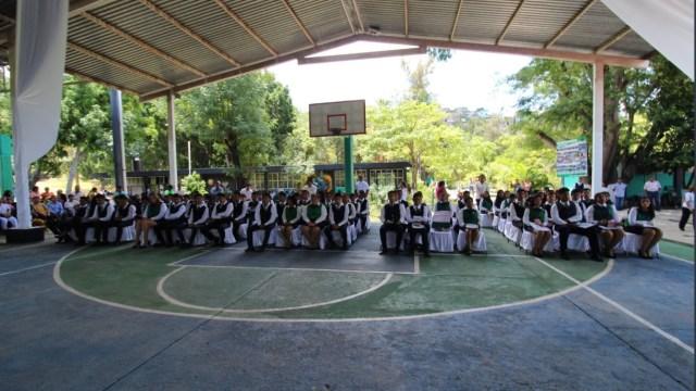 Foto: alumnos del Colegio de Bachilleres No.11 de Tixtla, Twitter @_FerminAlvarado