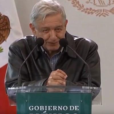 AMLO bromea sobre renuncia de Carlos Lomelí como delegado federal