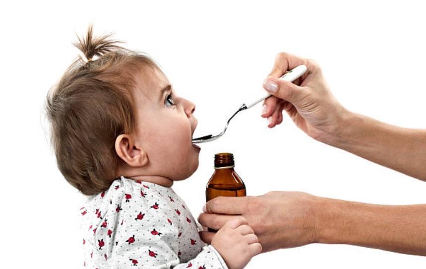 que hacer cuando un bebe tiene fiebre y tos