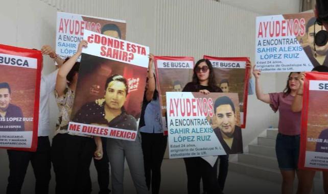 FOTO Buscan a estudiante desaparecido en Cancún; protestan en Nuevo Léon (El Horizonte)