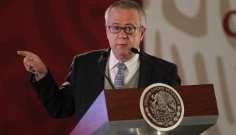 Fotografía del exsecretario de Hacienda y Crédito Público, Carlos Urzúa Macías, durante una rueda de prensa en el Palacio Nacional.