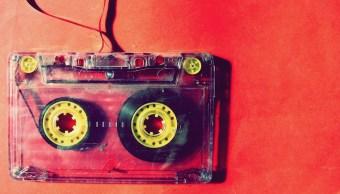 Walkman-Cassettes-Musica-Tecnologia-Bluetooth