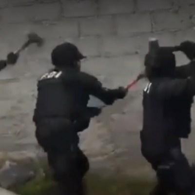 Rompen muro para catear inmueble por venta de droga en Xochimilco; hay cinco detenidos