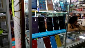 venta-celulares-Claudia-Sheinbaum-operativos-tianguis