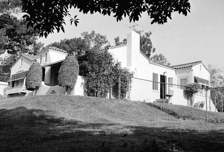 Casa donde La Familia Manson cometió los homicidios. (AP)