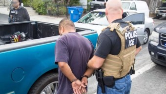 Foto: Oficiales de migración en EU realizan detención de indocumentados para su deportación, 23 junio 2019