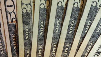 FOTO Dólar inicia jornada con avance, se vende en 19.36 pesos (AP, archivo)