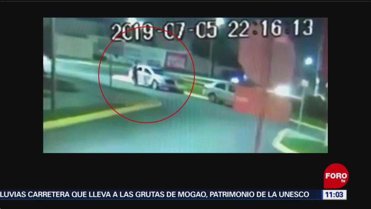 Encañonan a madre e hijo para robar camioneta en Apodaca, NL