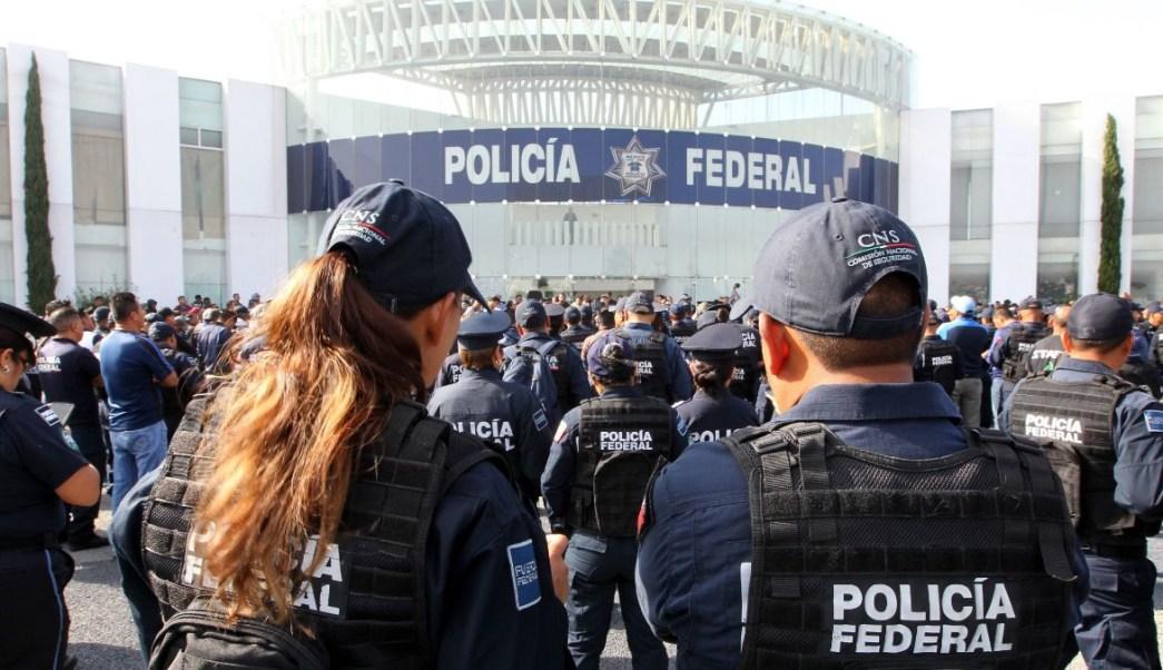 Foto: Policías federales protestan afuera del Centro de Mando de Iztapalapa, en Ciudad de México. El 8 de julio de 2019