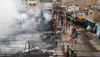 Foto: Incendio en la provincia portuaria del Callao, en Lima, Perú. El 25 de julio de 2019