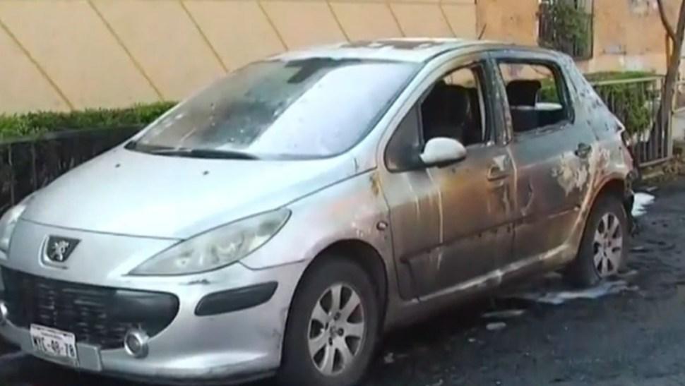 Foto: Automóvil incendiado en la Gustavo A. Madero, 31 de julio de 2019, Ciudad de México