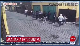 Hombres armados asaltan a estudiantes en Coyoacán