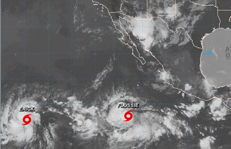 FOTO Huracán 'Erick' amenaza Hawái y tormenta 'Flossie' se fortalece (NHC)