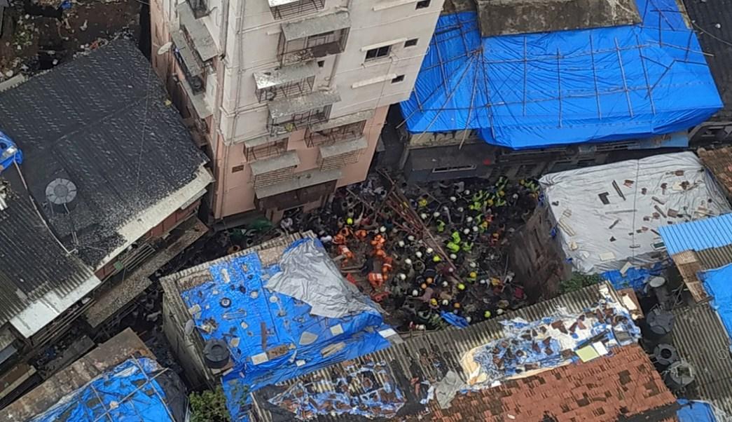 India: Derrumbe de edificio en Bombay deja al menos 40 personas atrapadas