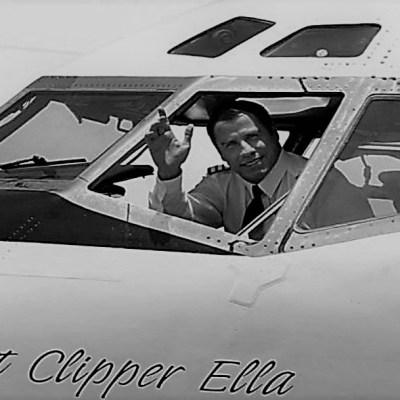 Australia espera al lujoso avión donado por John Travolta