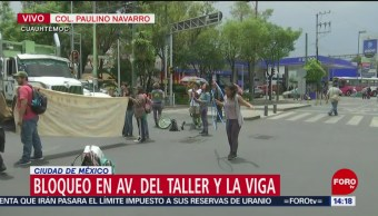 FOTO: Jóvenes artistas realizan bloqueo en alcaldía Cuauhtémoc