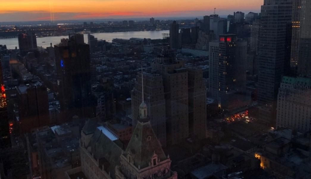 Foto: Un apagón afecta a edificios en el distrito de Manhattan, Nueva York, Estados Unidos, julio 13 de 2019 (Reuters)