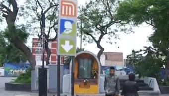 Foto: Cierran acceso metro Hidalgo por remodelación,30 de julio de 2019, Ciudad de México