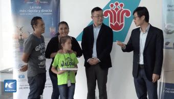 Foto Aerolínea china paga boleto a niña mexicana para competencia de Aritmética 18 julio 2019