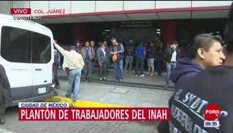 Plantón de trabajadores del INAH en colonia Juárez