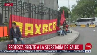 FOTO: Protesta frente a la Secretaría de Salud en la CDMX