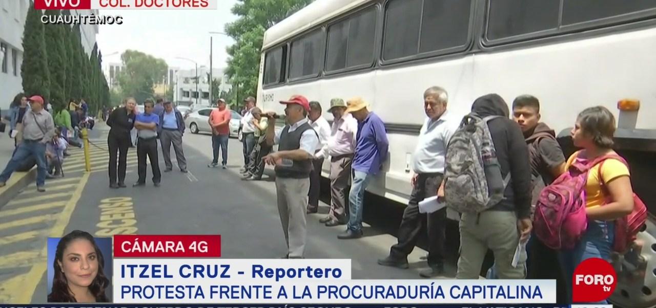 Protestan frente a la Procuraduría de Justicia de la CDMX