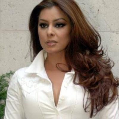Yadhira Carrillo revela que doctora evalúa salud de Collado